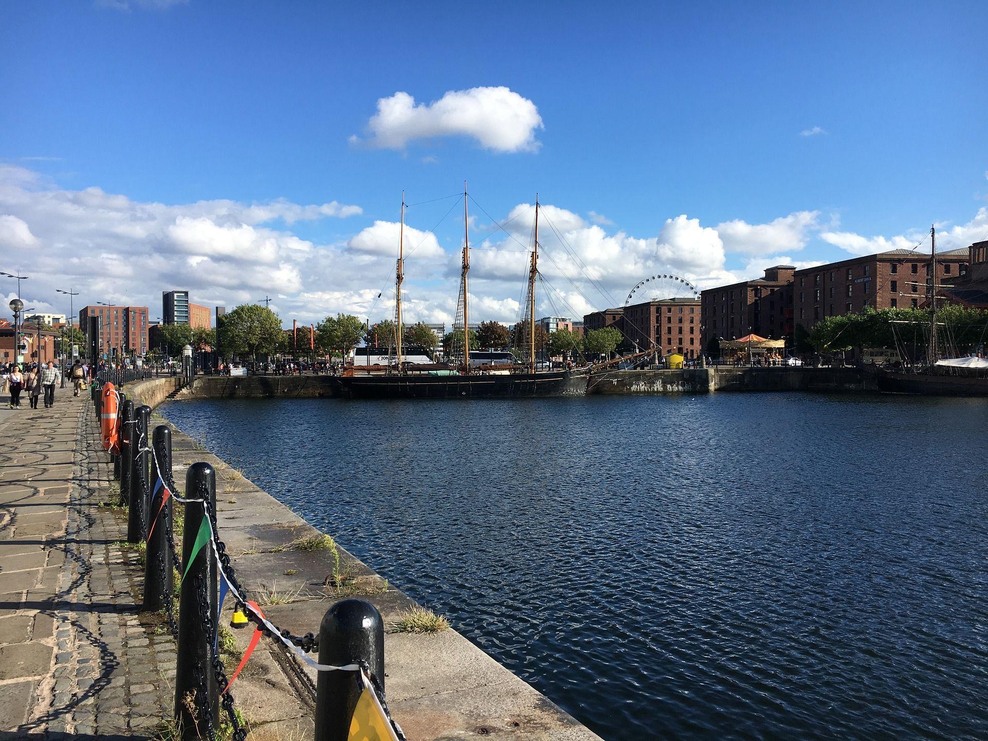 Albert Docks zijkant